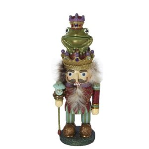 And here he is sitting on top of the head of the evil king.