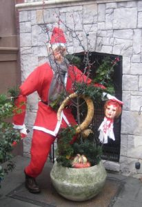 Introducing Santa Claus the Homicidal Maniac. So, kids, be good, or else.