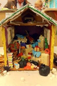 gingerbread-house-hoarders-233