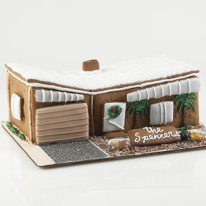 modern-gingerbread-house-2