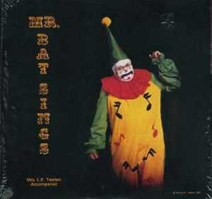Behold, the international singing sensation of your nightmares. Seriously, this clown is creepy.