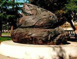 And if this was erected to celebrate Hispanic heritage, what does this statue say about Mexico? Sorry if I offended any Mexicans. I was talking about how this statue looked like an intricately snake carved from a large pile of shit.
