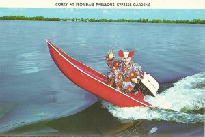 For some people, this may be a key reason not to visit Cypress Gardens in Florida. I mean who wants to see a terrifying clown of your nightmares in a motorboat?