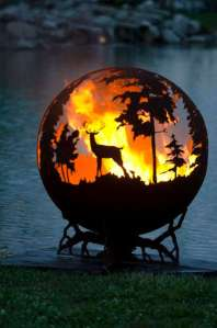 Of course, anyone with a fire pit like this isn't going to make friends with Smokey the Bear, Bambi, or anyone living in an area notorious for wildfires. Seriously, forest fires aren't nice things.