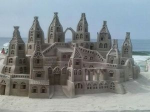 Nevertheless, this sand sculpture design is rather impressive.