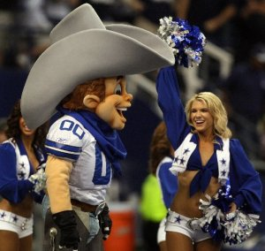The Dallas Cowboys may be America's football team (Steeler fans: actually no way in hell), but we're sure that Rowdy isn't America's favorite NFL mascot. Also, I think he's kind of committing sexual harassment by gazing at that cheerleader's boobs. Creepy.