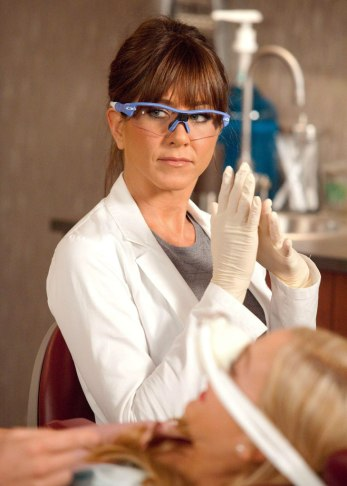 Horrible-Bosses-Film-Still-Jennifer-Aniston-3