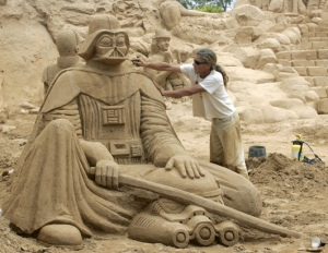 Still, Darth Vader tends to be a popular subject among sand sculptors for some reason. Maybe it's due to him being such an iconic bad guy.