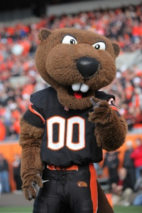 Now I don't know about you but Benny seems to resemble a buck toothed version of the dog from the Cookie Crisp cereal box than an actual beaver. I mean if you want your mascot to be a beaver at least have it look like a beaver, not a muskrat, groundhog, or whatever this thing is.