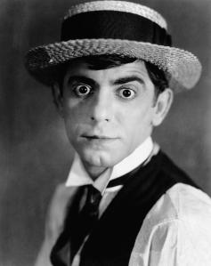 Yes, this is Eddie Cantor during his younger years. No, this isn't Mr. Bean I'm sorry to say. Still, you have to love how he looks in that outfit.