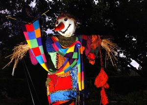 How does this scarecrow manage to make colorful outfits without moving its arms I have no idea. Still, very pretty.
