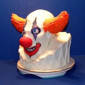 Whoever made this cake is perhaps one of the best pastry artists who ever lived. Also, perhaps Halloween is one of the few holidays when this clown cake is appropriate.
