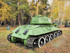 Now there are some pieces that should never be recycled into playground equipment. Tanks are one of these. Still, why Russia, why?