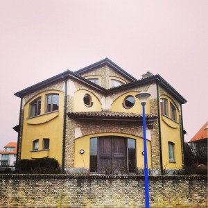 For some reason, I wouldn't be able to look at this house and wonder whether I was being watched. There's just something unsettling about it if you know what I mean.