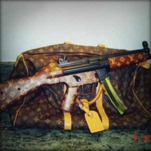 While the Louis Vuitton assault rifle may be one of the most fashionable firearms, but it can kill you. Still, why the hell would anyone make this? It's just so fucked up.