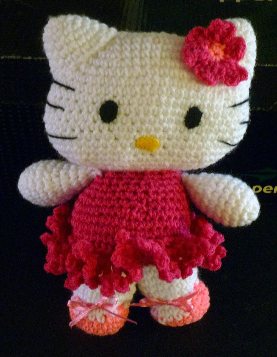 Amigurumi Hello Kitty Patroon Nederlands : The Wonderful World of Amigurumi The Lone Girl in a Crowd