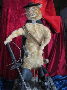 I don't know about you, but this Puss seems to be a lot more sinister looking than he does in the Shrek films. Still, it's fairly as close to a live action version as you're going to get.