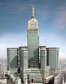 Man, looks like the Saudi Royal family really wants to make money from these Hajjis in Mecca. Still, kind of reminds me of what a supervillain would have as a clock tower if he or she ever achieved world domination.