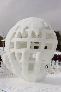 Well, it may seem like a cartoonified globe but still, I wonder how its artist manage to hollow the sculpture out as much as they did. Also, how didn't  this sculpture collapse? Guess snow is that compacted.