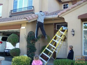 Okay, now I understand why my dad doesn't put up Christmas lights. Also, kids, can't you just help your daddy and hold up the ladder? I'm sure he'll appreciate it.
