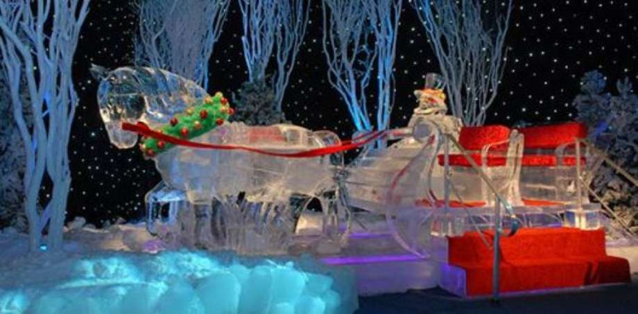the enchanting winter wonderland of ice sculpture the lone girl in a crowd. Black Bedroom Furniture Sets. Home Design Ideas