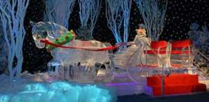 Of course, this may be a better place for a Christmas photo op with your sweetheart or family than an actual ride. Seriously, ice horses don't go anywhere.