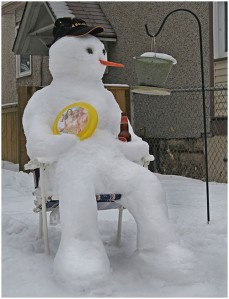 Well, this guy seems to be really enjoying himself. Still, why do I see a lot of snowmen with beer bottles? I wonder.