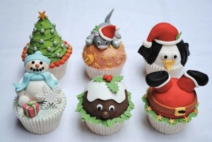 The cupcake with Santa being stuck in the chimney is especially hilarious. Still, why does the cake ball in the middle have eyes? Seriously, why?