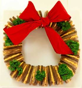 Now this wreath can use some more parsley. Actually a lot more parsley. Yet, you need to see the sandwiches which I think are basically made from melted cheese and whole wheat bread.