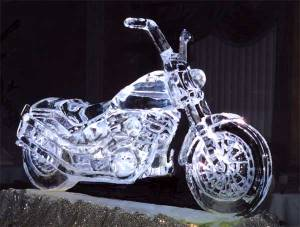 Of course, I don't know whether ice sculptures go well with motorcycle fans. Then again, they'd probably approve of this.