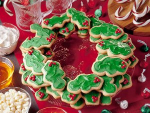 And I see that these cookies are holly leaves covered with green frosting. Man, I have a lot of wreaths on this post.