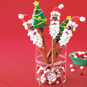 Now I don't know about you but doesn't Santa seem a bit skinny on a pretzel stick. Then again, to each his own.