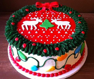 Now this is a particularly amusing cake with the wreath, ugly sweater, and lights in all. Still, really goes well with the ugly sweater cookies.
