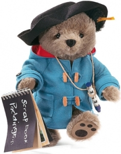 Sure Paddington may seem polite, love marmalade, and can be a screw up at times, but why the hell does he speak in an English accent if he's actually from Peru? Seriously, shouldn't he be speaking in Spanish for God's sake?