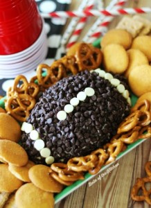 God, I would really like to have this chocolate chip football on my Super Bowl party dessert platter. I mean who can't resist a chocolate football, or anything else chocolate for that matter?