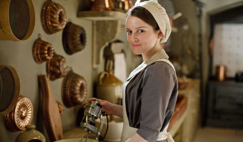 https://historymaniacmegan.files.wordpress.com/2015/01/downton-abbey-season-4-62386_w1000.jpg