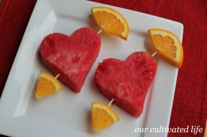 Of course, they have watermelon hearts and orange arrow ends as well as connected by toothpicks. Still, these are so clever and healthier than some of the arrow hearts.