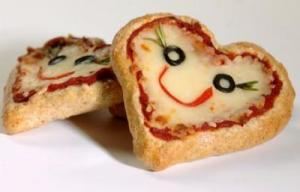 Of course, these are among things made for kids. Still, I think these pizzas are so cute, especially with the olive eyes.