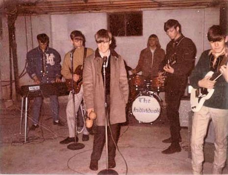 As what the Monkees are saying, the local rock group is trying so hard to learn their song but the band doesn't seem to be getting in the hang of it. Hang on there, guys. Seriously, hang in there. Yet, if your lead singer can't carry a tune, replace him.