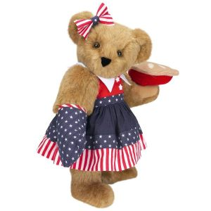 Not sure if this mama bear baked the pie herself or stole it from from someone's picnic basket. Either way, she's just so adorable in her red, white, and blue dress.