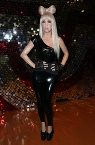 I don't know if Lady Gaga was Born This Way, but this wax figure doesn't depict her as aging gracefully, especially since she's actually only a few years older than I am. Seriously, she doesn't look 28.