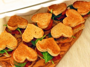 Of course, I'm not sure if those are regular sandwiches or BLTs. Then again, it's okay to look under them, is it?