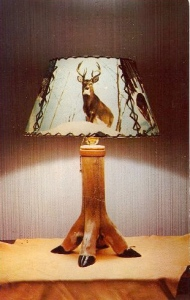 Too bad the holidays are over for this lamp would've made a great Christmas present for my next door neighbors. Then again, that lamp might freak out their granddaughter.