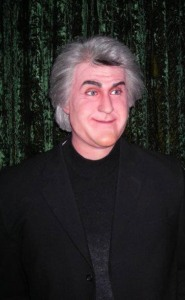 Since his retirement (for good) from The Tonight Show, it seems like Jay Leno has had a face lift that has basically stretched his face in a way many people find so unrecognizable. Seriously, his wax figure looks so atrocious.