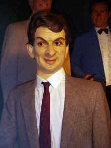 Okay, this wax figures in now way, shape, or form resembles Mr. Bean. Seriously, it's as if this artist had no idea who this guy is or even saw his picture. I mean, we all know that Rowan Atkinson doesn't at all look like that in real life. Never has.