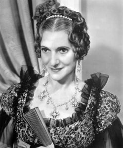Though she never married or had children, Beulah Bondi often played mothers and wives throughout her career as well as grandmothers in her later years. She also played Jimmy Stewart's mother in 4 movies.