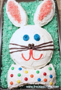 Now this is how a traditional bunny cake is made. Only takes two cakes and a simple design.