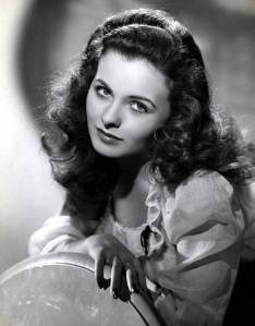 While Jean Crain striven to be a serious actress on film, the studios always wanted her to play cute girls. For instance, despite thinking that Pinky would lead to better roles, 20th Century Fox cast her as a 13 year old girl despite that she was 25, married, and a mom.