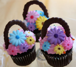 The best part of these is that they're chocolate. The flowers are probably made from sugar but they're so pretty.