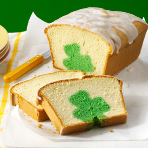Yet, how they got the shamrock in the bread, I'll never know. Seriously, how in the hell did they do that?